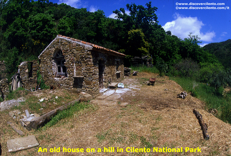An old house on a hill in Cilento National Park